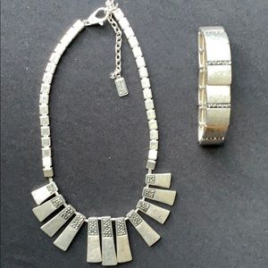 Kenneth Cole Jewelry - Necklace set